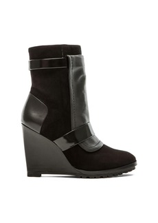 DEREK LAM 10 CROSBY Karli Wedge