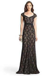 Zarita Lace Sleeveless Gown