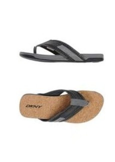 DKNY - Thong sandal