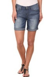 DKNY Jeans Bleecker Boyfriend Rolled Shorts in Sandy Wash