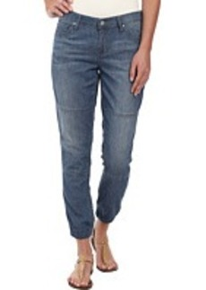 DKNY Jeans Relaxed Jogger Light Weight Denim in Sandy Wash