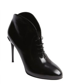 Gucci black patent leather lace up ankle boots