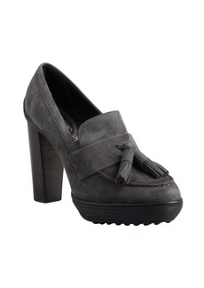 Tod's graphite suede tasseled pump