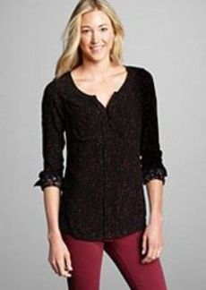 "<img class=""prd-image"" src=""//eddiebauer.scene7.com/is/image/EddieBauer/0083392_100M1?%24category%24"" alt=""Women's Printed Pullover Shirt"" title=""Women's Printed Pullover Shirt"">"
