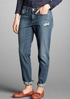 """<img class=""""prd-image"""" src=""""//eddiebauer.scene7.com/is/image/EddieBauer/0117930_315M1?%24category%24"""" alt=""""Women's Boyfriend Slim Jeans - Destroyed"""" title=""""Women's Boyfriend Slim Jeans - Destroyed"""">"""