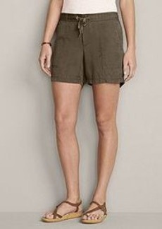 "<img class=""prd-image"" src=""//eddiebauer.scene7.com/is/image/EddieBauer/0119752_526M1?%24category%24"" alt=""Women's Slightly Curvy Tranquil 5"" Shorts"" title=""Women's Slightly Curvy Tranquil 5"" Shorts"">"