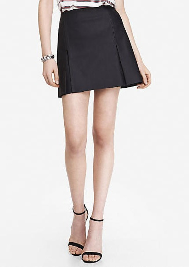 express a line minus the leather pleated mini skirt