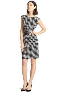 Tahari ASL white and black patterned stretch jersey knot front dress