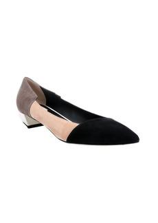 Fendi black and beige suede colorblock low-heel pumps