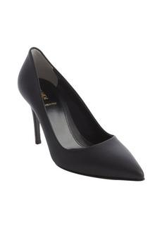 Fendi black leather pointed toe pumps