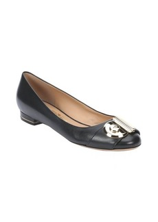Salvatore Ferragamo black leather 'ballerina' gancio detail flats