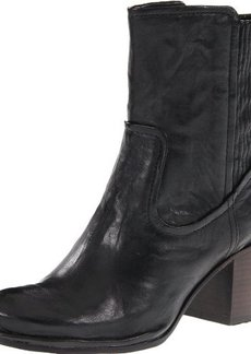 FRYE Women's Lucinda Scrunch Short Boot