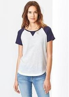 Baseball shirttail tee