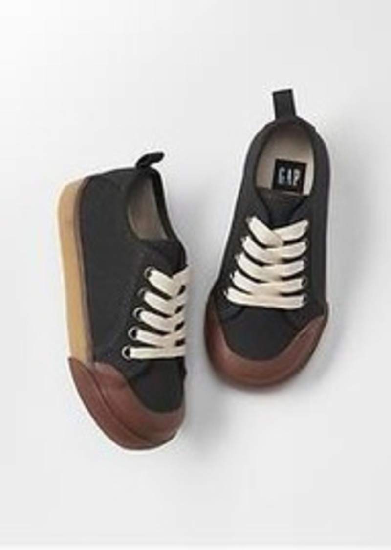 gap canvas low top sneakers shoes shop it to me