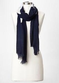 Center star scarf