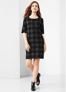 Elbow-sleeve plaid dress