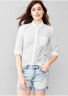 Fitted boyfriend dot shirt