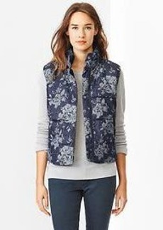 Floral jacquard puffer vest