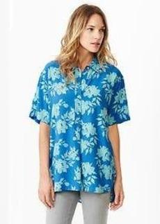 Fluid drapey floral shirt