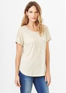 Fluid shirttail tee