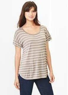 Fluid stripe shirttail tee