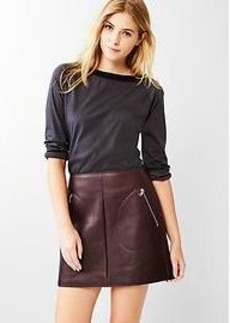 Leather zip-pocket skirt