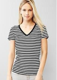 Modern stripe V-neck tee