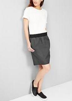 Pull-on colorblock skirt