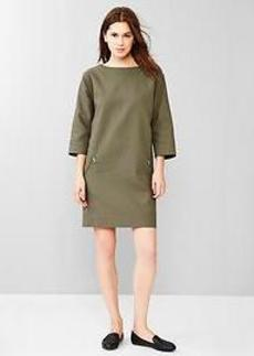 Quilted zip-pocket dress