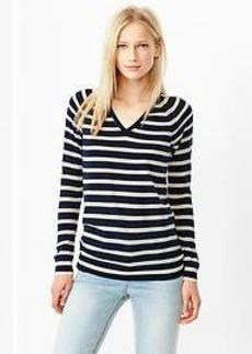 Stripe merino V-neck sweater