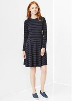 Stripe raglan flared dress