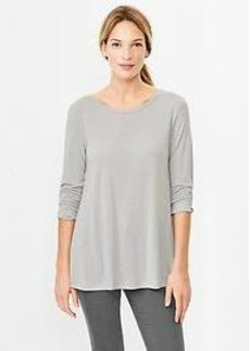 Three-quarter sleeve A-line tee