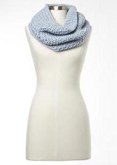 Zig-zag cowl scarf