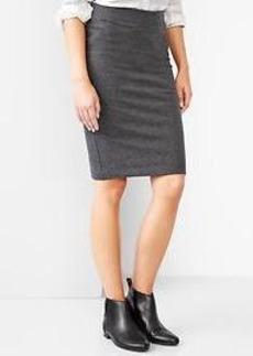 Zip-back knit pencil skirt
