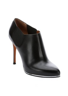 Givenchy black leather 'Elia' ankle booties