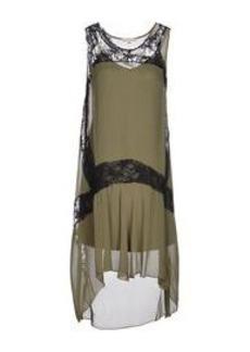 GOLD HAWK - 3/4 length dress
