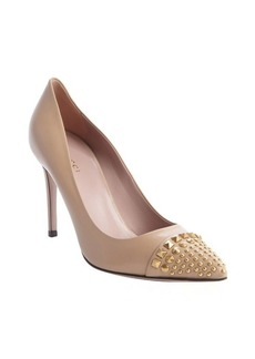 Gucci beige leather studded detail pumps