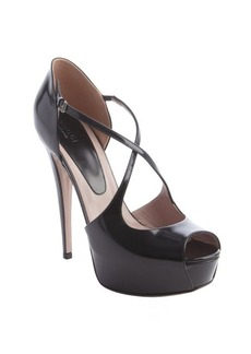 Gucci black patent leather 'Lili' platform peep toe pumps