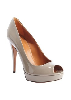 Gucci grey patent leather 'Betty' peep toe pumps