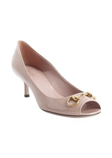 Gucci nude patent leather 'Jolene' horsebit peep toe pumps