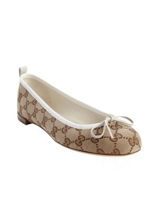 Gucci tan and white GG canvas 'Ali' bow detail ballet flats