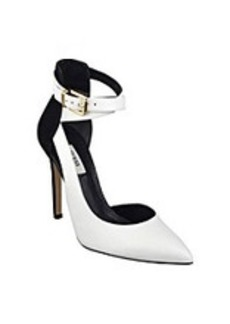 "Guess ""Amberlu"" Dress Heels - White/Black"