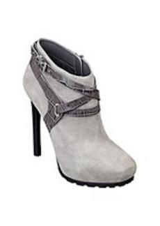 "Guess ""Igora"" Casual Heels"
