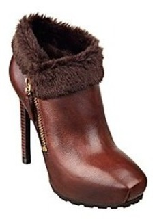"Guess ""Ivorie"" Shooties"