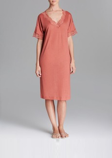 Hanro Uptown Short Sleeve Gown