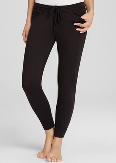 HUE Chill French Terry Knit Capri Pants