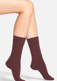 Hue Diamond Knit Crew Socks