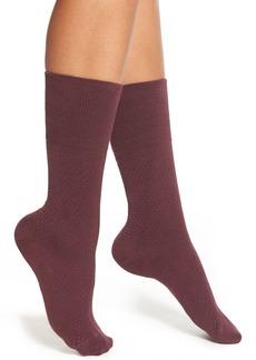 Hue Diamond Knit Crew Socks