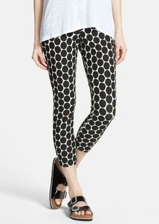 Hue Dot Pattern Cotton Blend Piqué Capris