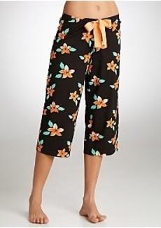 HUE Lani Hibiscus Knit Capri Pajama Pants